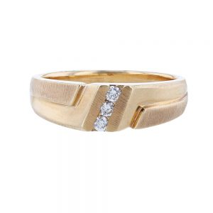 Nazar's 14K yellow Gold Ring Gents