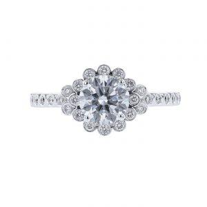18K White Gold Graduated Halo Diamond Ring