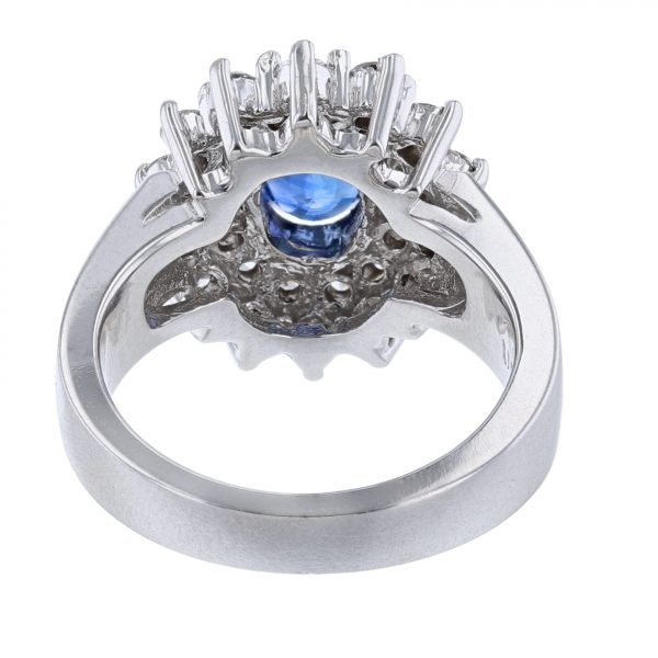 14K White Gold Blue Sapphire 28 Diamond Ring